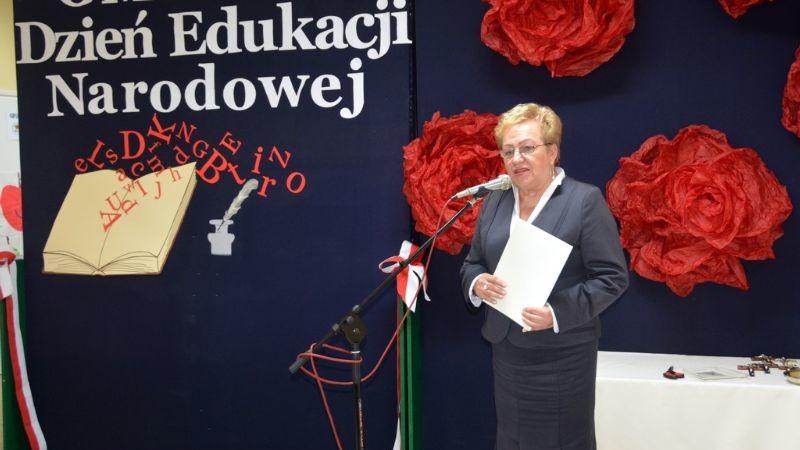 uroczystość z okazji Dnia Edukacji Narodowej w Publicznej Szkole Podstawowej Nr 2 w Brzesku, której towarzyszyło otwarcie przedszkola